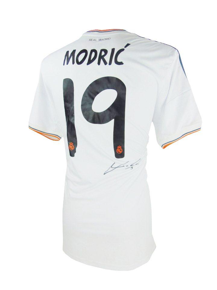 size 40 26324 3cb21 Signed Luka Modric Shirt - Real Madrid La Decima