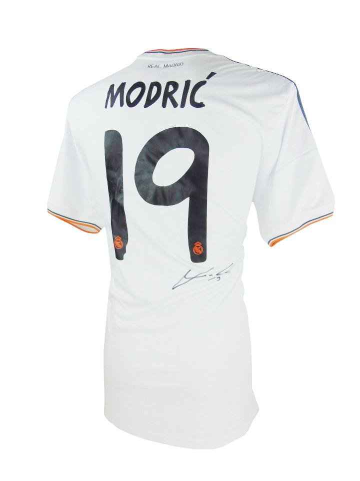 size 40 0515c 264a0 Signed Luka Modric Shirt - Real Madrid La Decima