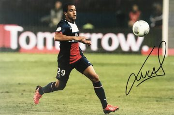 Signed Lucas Moura Poster Photo - PSG Soccer Autograph