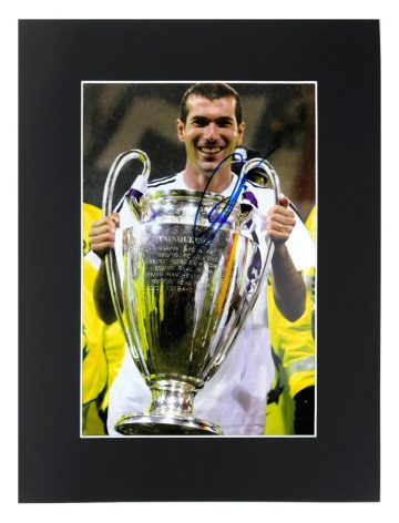 Zinedine Zidane Signed Memorabilia