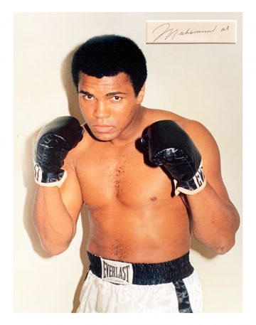 signed Muhammad Ali photo